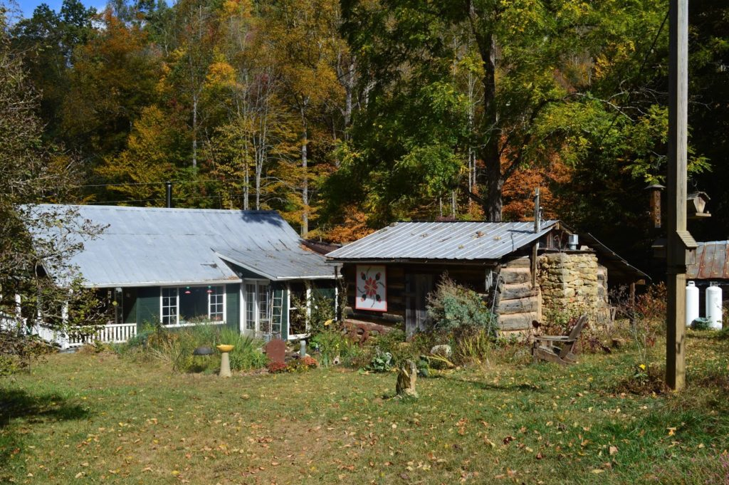North Carolina Mountain Oasis including Original 1840's Log Cabin